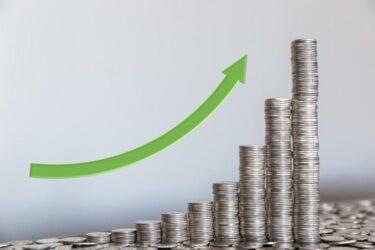 投資信託は複利効果で利益を増やす!単利と比較し仕組みと利用方法を解説