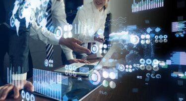 ヘッジファンドと投資信託の違いとは?運用方法・募集形式・投資金額・手数料を比較